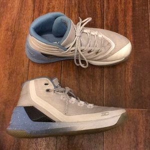Boys Under Armour Shoes - 6.5Y